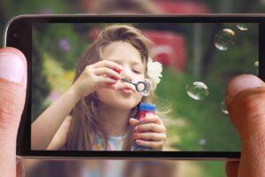 שיעור בצילום – המדריך המלא לצילום תמונות של הילדים עם הטלפון