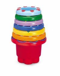 מגדל כוסות צבעוניות